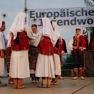 """KUD """"Salona"""" aus Solin/Kroatien – Eurowoche 2019. Dieser Tanz heißt Vrličko Kolo und ist Weltkulturerbe!"""